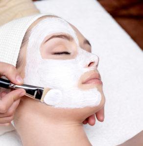 podczas zabiegu - pielęgnacja twarzy